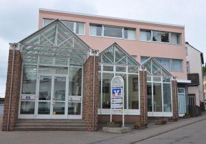 Volksbank Trier eG, Filiale Saarburg, Graf-Siegfried-Straße 36, 54439 Saarburg
