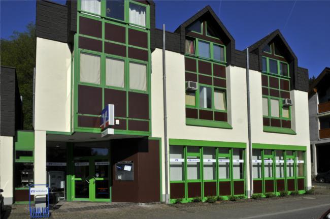 Volksbank Trier eG, Filiale Waldrach, Bahnhofstraße 22, 54320 Waldrach