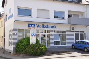 Volksbank Trier eG, Filiale Wincheringen, Saarstraße 18, 54457 Wincheringen